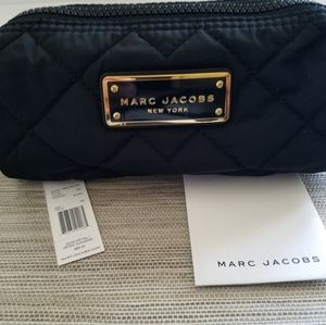 """New Women's """"Marc Jacobs"""" Small Cosmetic Bag"""